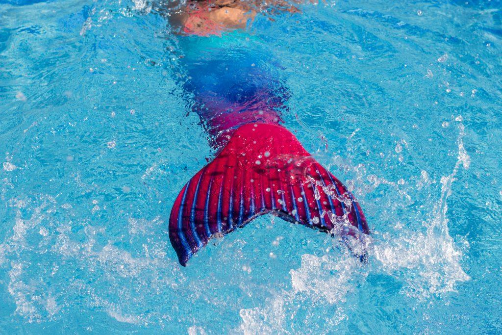The underwater life of a Mermaid (1)