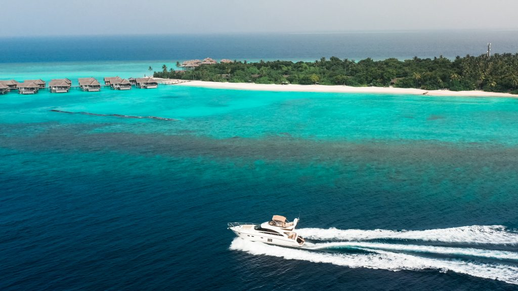 Vakkaru Maldives_Luxury Yacht