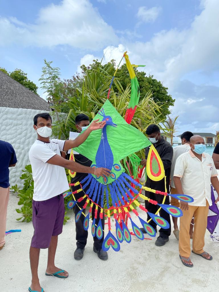cinnamon-dhonveli-maldives-kite (1)