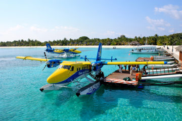 Aircraft-Maldives-Tourists