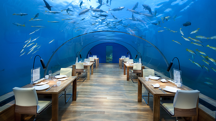 Conrad Maldives_Ithaa Undersea Restaurant (1)