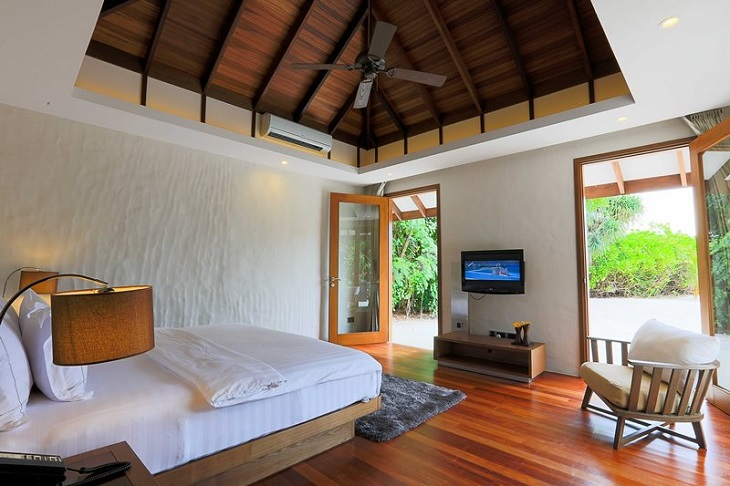 Hideaway Maldives villas 3 deluxe sunset beach villa (13)
