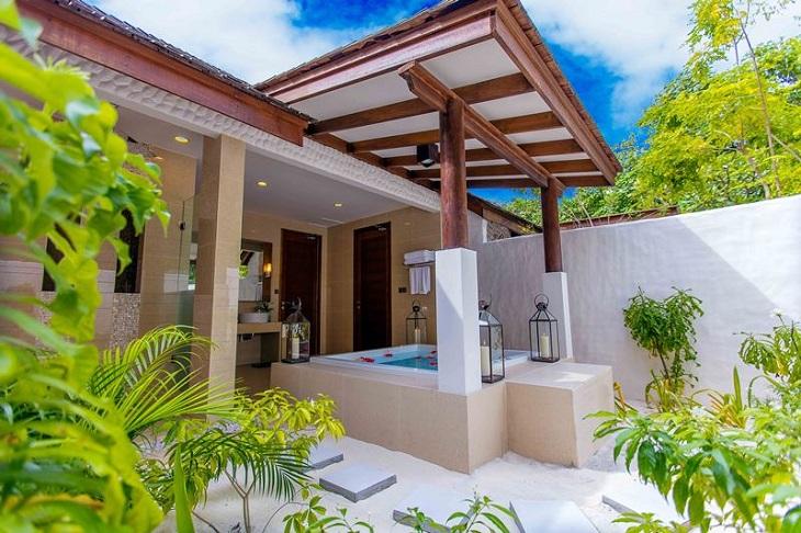 Hideaway Maldives villas 3 deluxe sunset beach villa (8)
