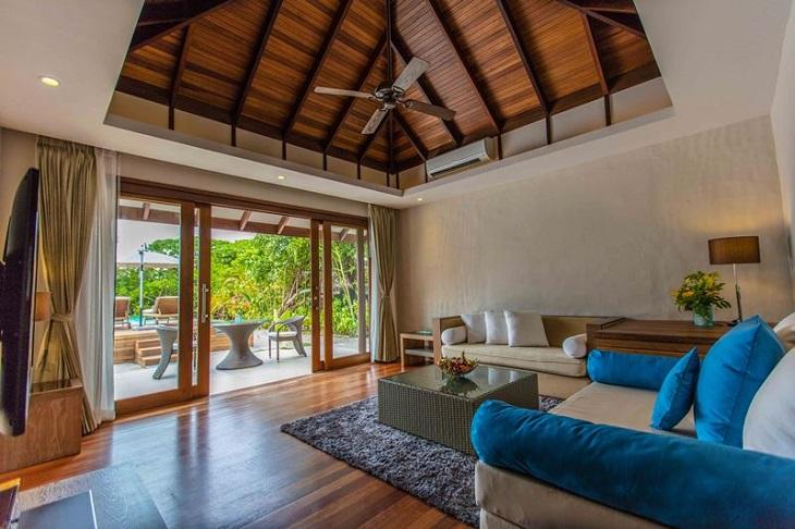 Hideaway Maldives villas 3 deluxe sunset beach villa (9)