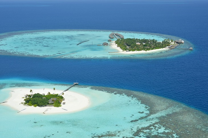 Lonubo is exclusively at the disposal of Maafushivaru guests and sits in the neighbouring lagoon.