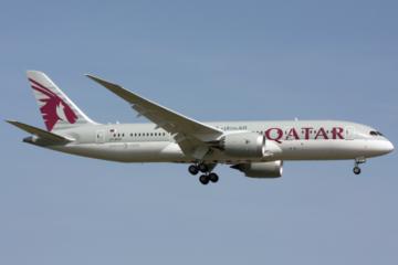 Qatar_Airways_Boeing_787-8_A7-BCH_ZRH_2014-03-30