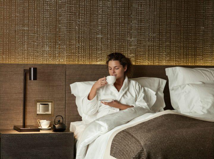 Sleep With Six Senses